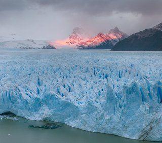 Рассвет на леднике